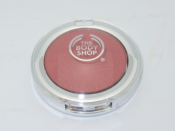 The-Body-Shop-All-In-One-Blusher-1